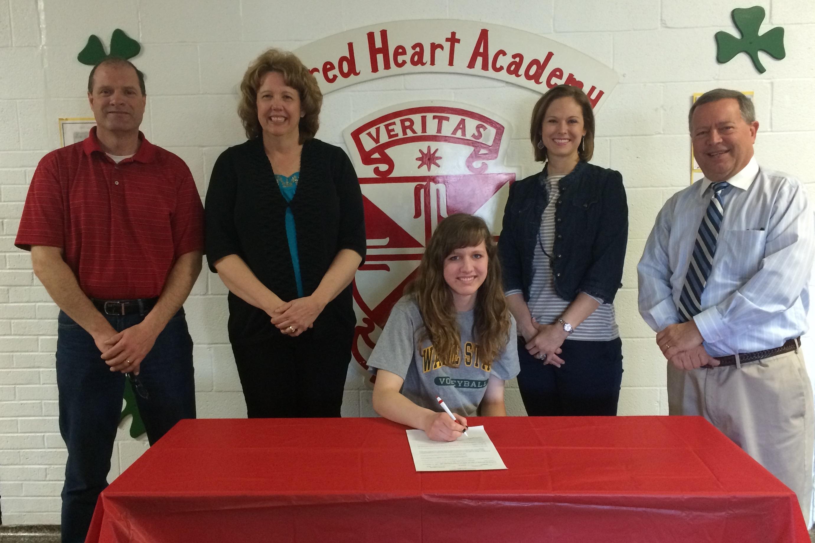 Alexa Methner signs with Wayne State